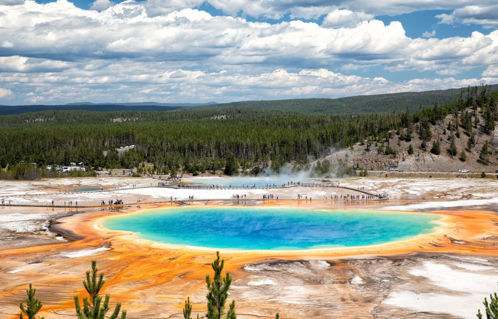Grand Prismatic Spring, Yellowstone, U.S.A.